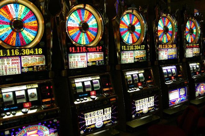 Очень выгодные автоматы в казино Рокс  для вас!